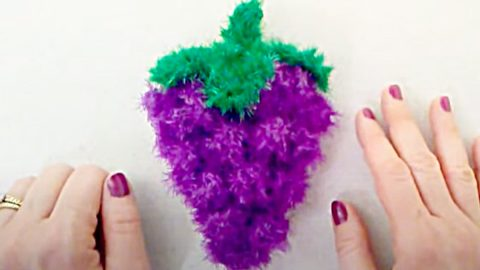 How To Make A Cluster Of Grapes Crochet Dish Scrubby | DIY Joy Projects and Crafts Ideas