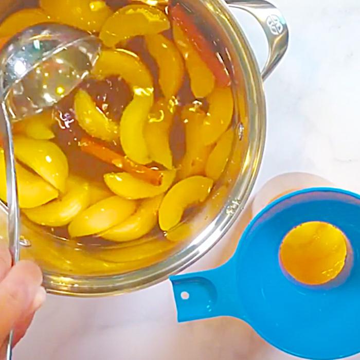 Peach Moonshine Recipe - How To Make Moonshine Cocktail - How To Can Moon Shine Cocktail