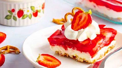 Strawberry Pretzel Salad Recipe   DIY Joy Projects and Crafts Ideas