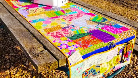 How To Sew A Scrappy Sewing Machine Mat | DIY Joy Projects and Crafts Ideas