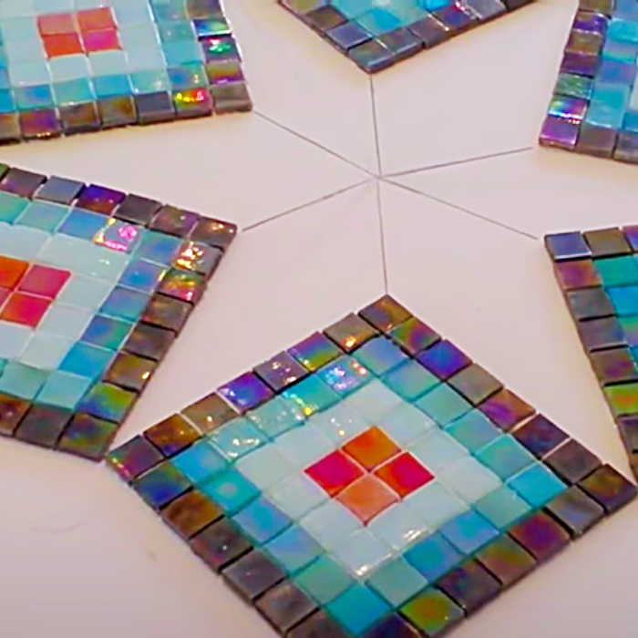 How To Make A Mosaic Tabletop - Easy Way To Make A Mosaic - How To Grout A Mosaic