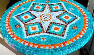 DIY Mosaic Garden Tabletop