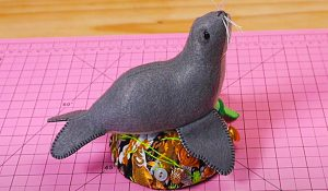 How To Make A Seal Pincushion With Free Pattern