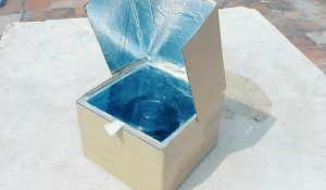 Turn A Cardboard Box Into A Solar Oven