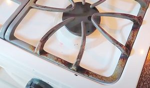 Stove Grate Cleaning Hack