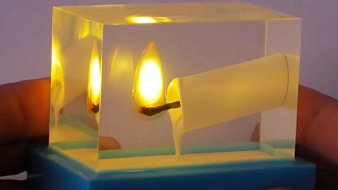 How To Make A Burning Candle Frozen In Epoxy | DIY Joy Projects and Crafts Ideas