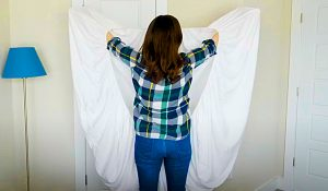 Hack For Properly Folding A Fitted Sheet