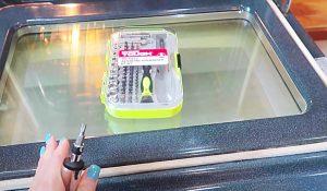 How To Clean In Between Your Oven Doors