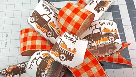 How To Make A Quick Fall Bow | DIY Joy Projects and Crafts Ideas